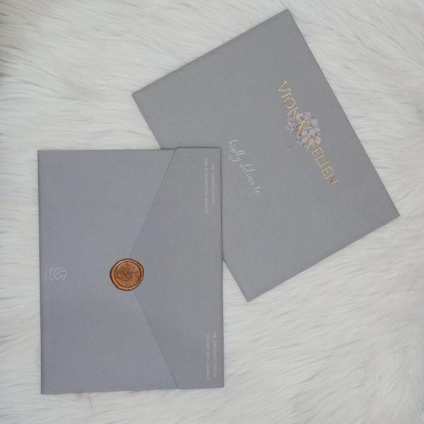 The Gray Shade Single Board