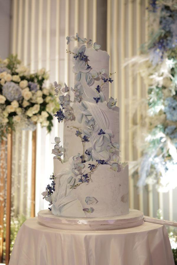 Something Blue Cake by SweetSalt