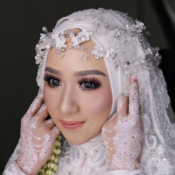 Paket Make Up & Hair Do / Hijab - Bandung