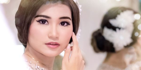 Diamond Wedding Package (Bride, 2mama, 2sisters/bridesmaid)