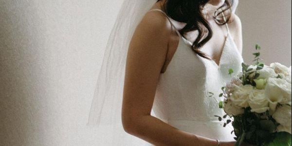 Effortless Wedding Dress Custom Rent