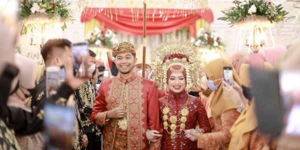 WEDDING PHOTO EXECUTIVE