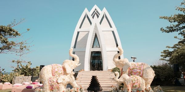 Ritz Carlton Bali Wedding Package Up To 50 Pax