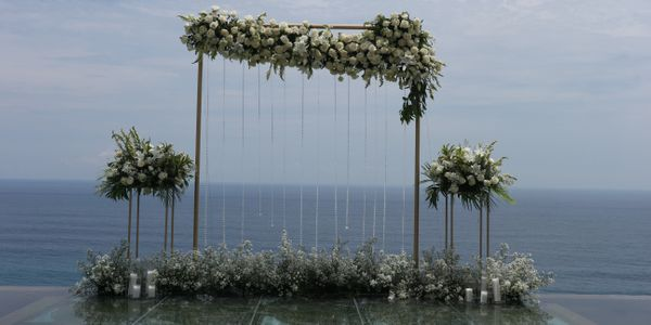 Ceremony & Dinner Wedding Package For 100 pax Rp 35.000.000