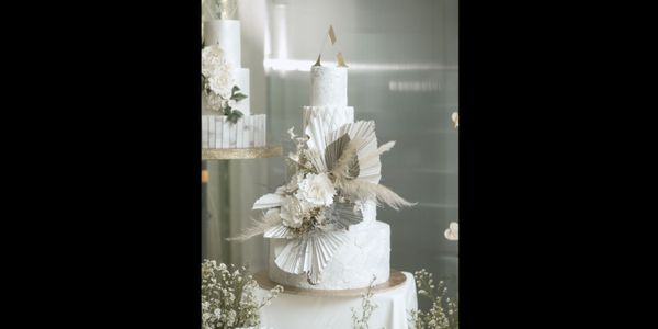 4 Tiered Wedding Cake B