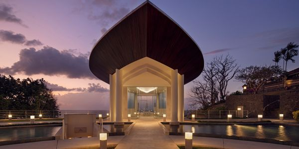 Hilton Bali Wedding Package Up To 100 Pax