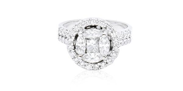ARELIA DIAMOND RING