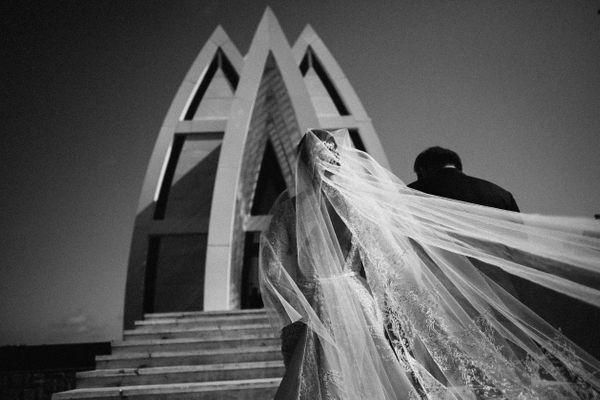 Small Intimate Wedding Photo by Lucas Edo