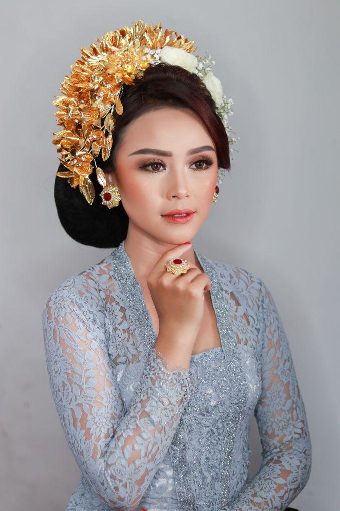 Rekomendasi Perias Pengantin Adat untuk Makeup Tradisional Pernikahan Anda Image 2