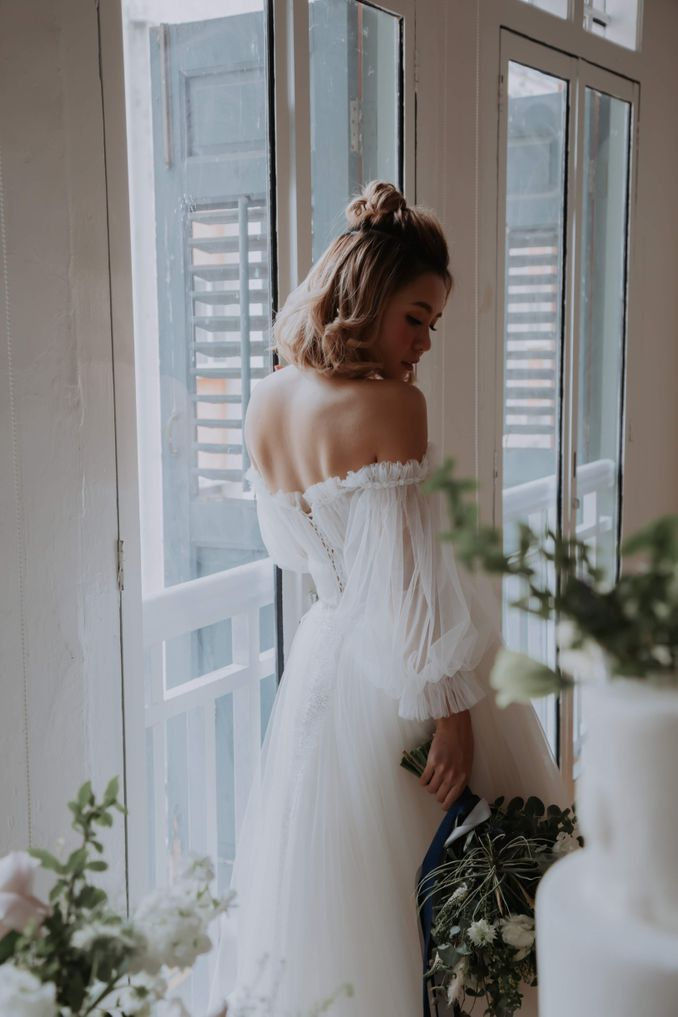 A Romantic Styled Shoot That Breathes Love and Serenity Image 16