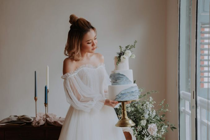 A Romantic Styled Shoot That Breathes Love and Serenity Image 14