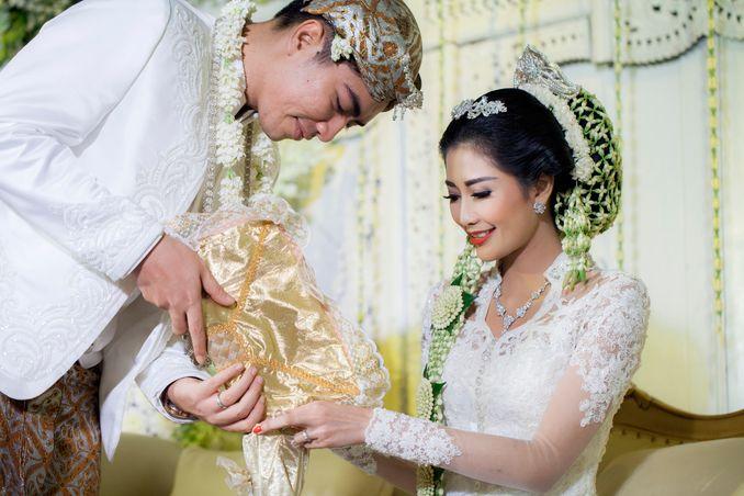 Pernikahan Adat Jawa Maupun Sunda, Inilah Wedding Organizer yang Cocok untuk Pengantin Tradisional Image 13