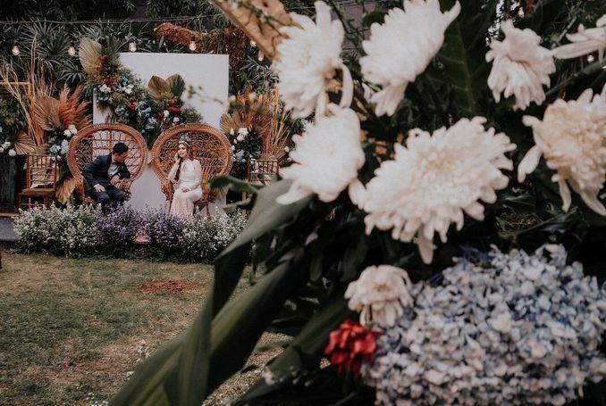 Inspirasi Pernikahan di Bawah Budget Rp 50.000.000 : Breezy Rustic Image 6