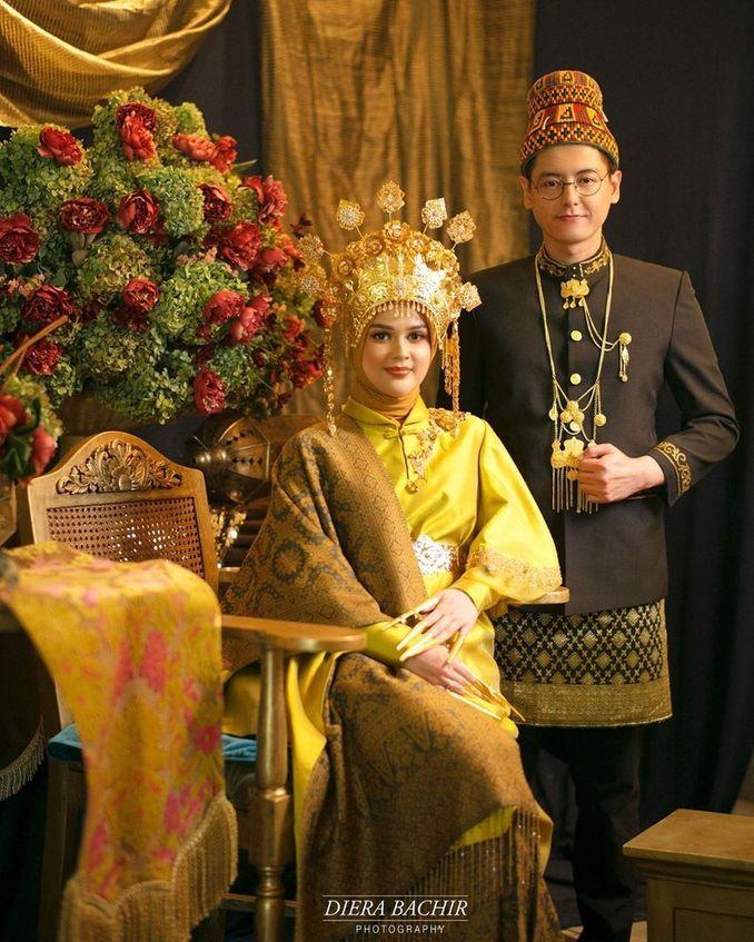 Dari Aceh Hingga Padang, Inilah Jenis dan Makna Mahkota Pengantin Sumatera Image 7