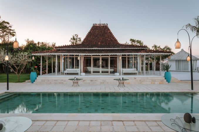 10 Rekomendasi Tempat Pernikahan Terbaru dan Terfavorit di Bali Image 7