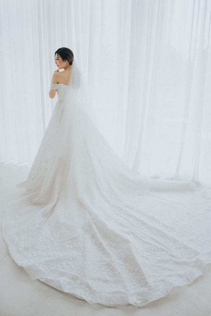 Kebaya Maupun Gaun Pernikahan, Berikut Rekomendasi Tempat Sewa Baju Pengantin Terpercaya Image 17