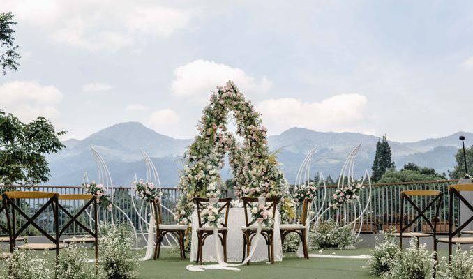 10 Vendor Dekorasi Pelaminan untuk Intimate Wedding di Jakarta, Bogor, & Bandung Image 3