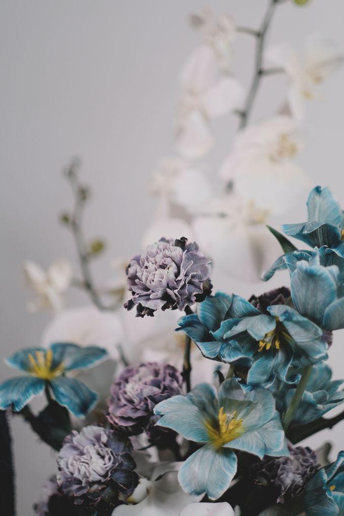 Tren Pernikahan 2020 Reflections Of The Sea: Dekorasi, Bunga, & Kue Pernikahan Image 15