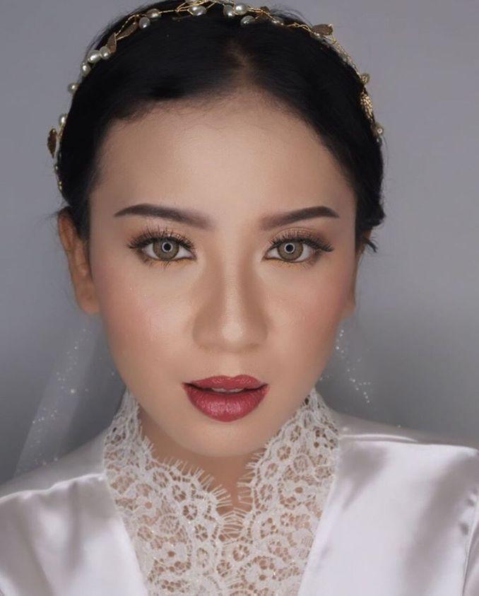 Inspirasi Pernikahan di Bawah Budget Rp 50.000.000 : Modern Elegan Image 8