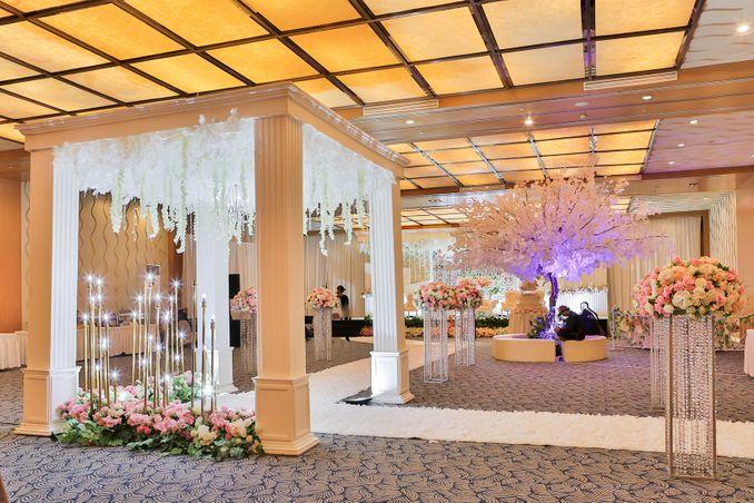 Paket Venue Ballroom Pernikahan di Jakarta di Bawah Rp 200 Juta Image 5