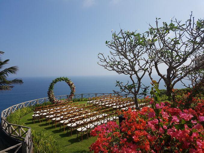10 Rekomendasi Tempat Pernikahan Terbaru dan Terfavorit di Bali Image 11