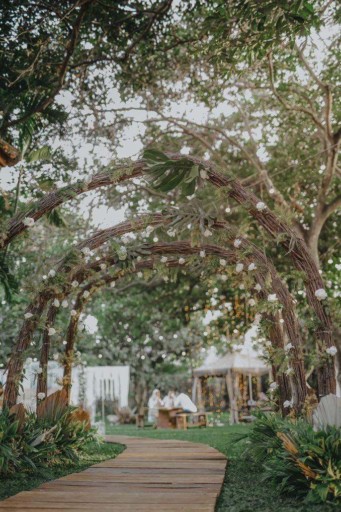 Inspirasi Pernikahan di Bawah Budget Rp 50.000.000 : Modern Elegan Image 1