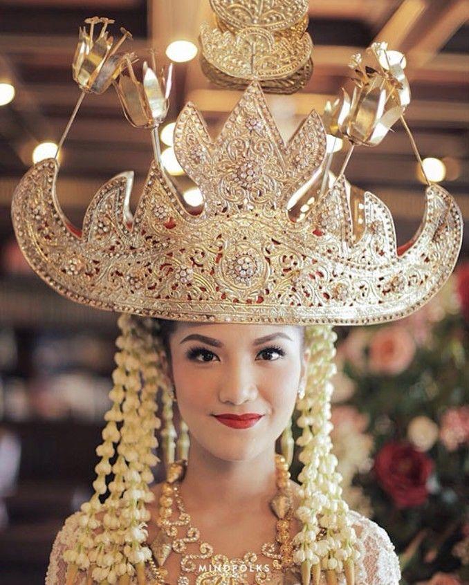 Dari Aceh Hingga Padang, Inilah Jenis dan Makna Mahkota Pengantin Sumatera Image 9