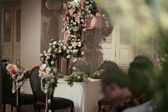 Inspirasi Pernikahan di Bawah Budget Rp 50.000.000 : Modern Elegan Image 5