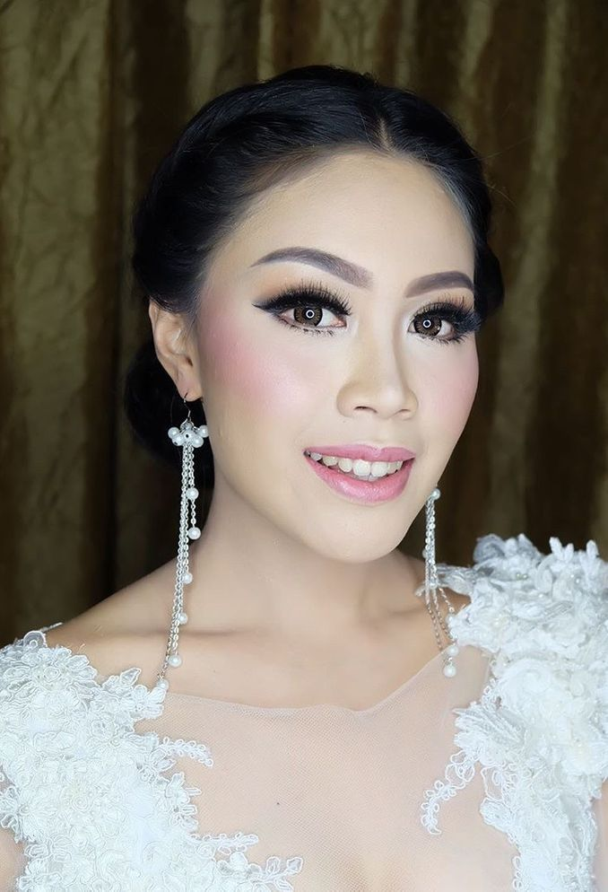 10 Rekomendasi Makeup Artist Pengantin Modern dan Terpopuler di Jakarta dan Bali Image 8