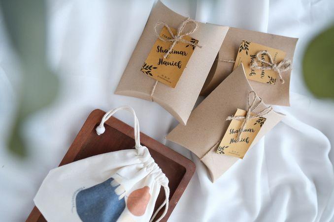 Selain Seragam Bridesmaid, Berikut Suvenir yang Bisa Anda Hadiahkan Kepada Para Pengiring Pengantin Image 4