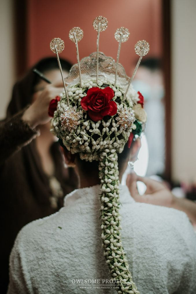 The Divine Meanings of Paes, The Central Javanese Bridal Makeup Image 4