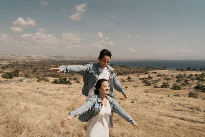 HAL YANG PERLU ANDA KETAHUI TENTANG FOTO PRE-WEDDING Image 4
