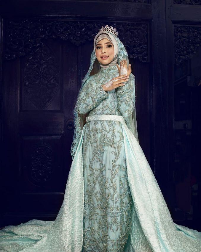 Kebaya Maupun Gaun Pernikahan, Berikut Rekomendasi Tempat Sewa Baju Pengantin Terpercaya Image 12