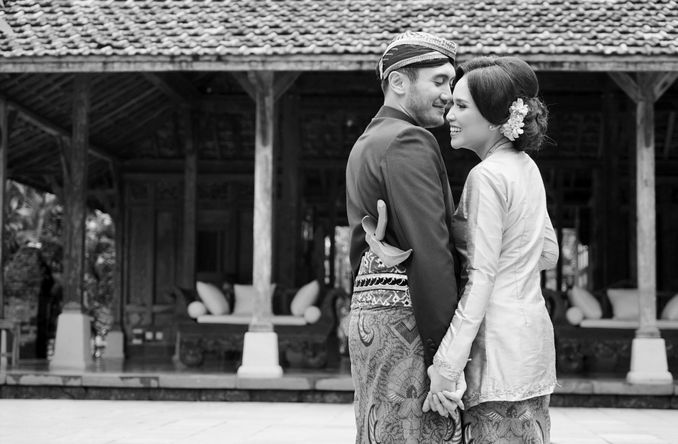 HAL YANG PERLU ANDA KETAHUI TENTANG FOTO PRE-WEDDING Image 2
