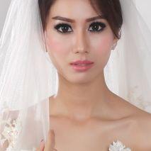 Lala Lim makeup artist