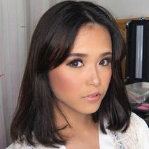 Veronica Thamrin Makeup Artist