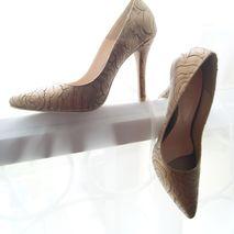 Kaya Shoes