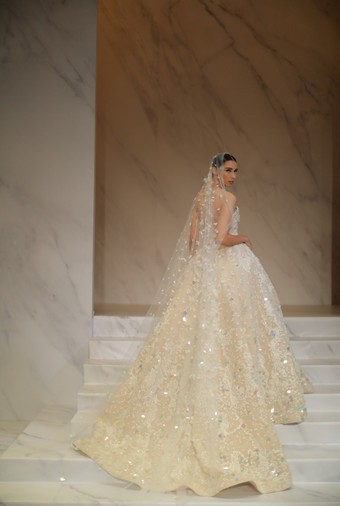 The Dazzling Wedding Gowns Inspiration from Yogie Pratama\'s Latest ...