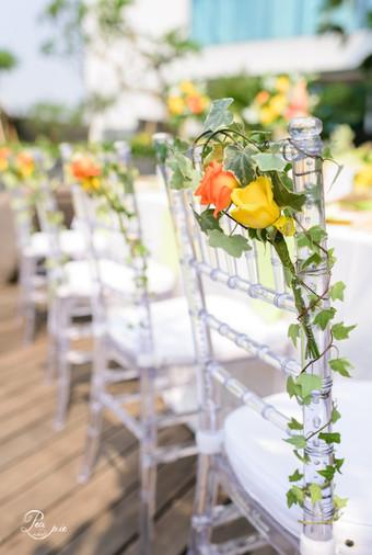 Summer wedding decoration ideas bridestory blog pea and pie summer wedding decoration ideas 010 junglespirit Gallery