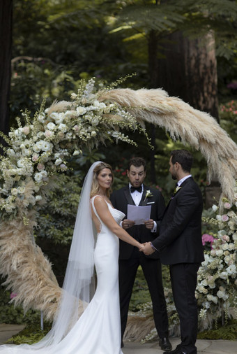 Pernikahan Bintang Twilight Ashley Greene Dan Paul Khoury Di Tengah Hutan - 005