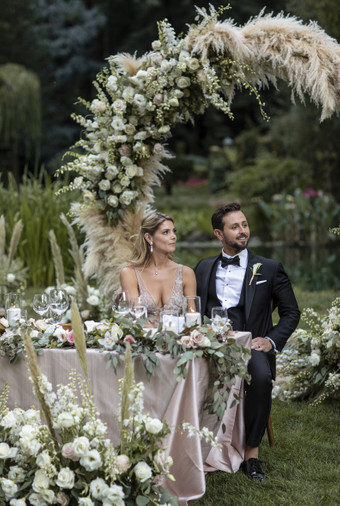 Pernikahan Bintang Twilight Ashley Greene Dan Paul Khoury Di Tengah Hutan - 015