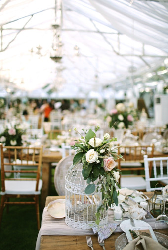A travel themed wedding in bali with rustic elegant dcor a travel themed wedding in bali with rustic elegant dcor 031 junglespirit Choice Image