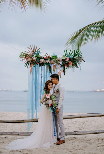 How To Create A Tropical Beach Themed Wedding In Singapore