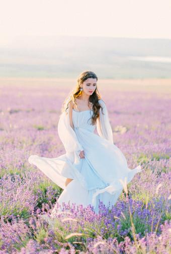 Inspirasi Pemotretan Memesona Di Kebun Lavender - 004