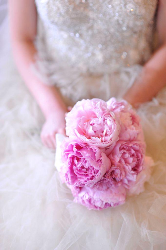 SPELLBOUND WEDDING BOUQUET by Spellbound Weddings - 001