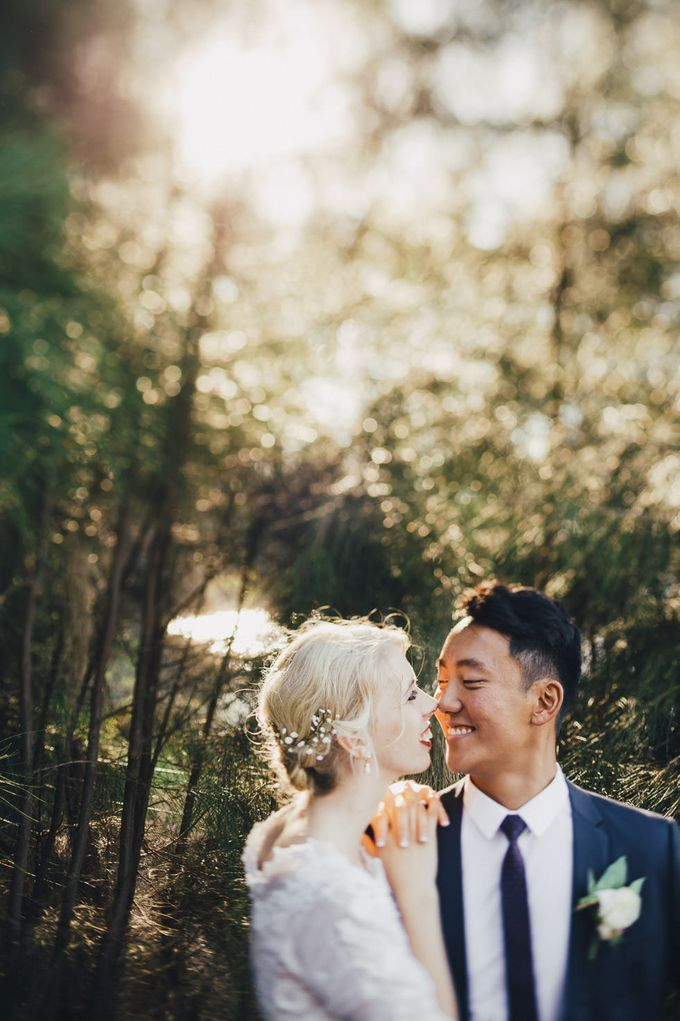 Tim and Laura Wedding by iZO Photography - 033