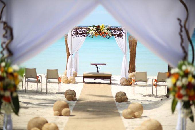 Beach Wedding at The District Boracay by The District Boracay - 008