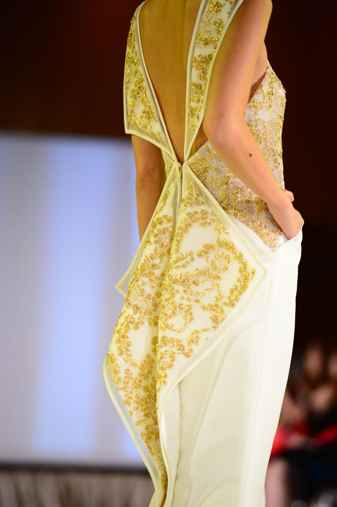The Ritz Carlton Millenia Haute Couture Show 2015 by Vaughn Tan - 013