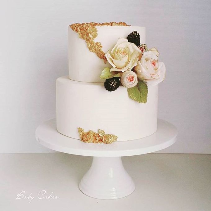 Single tier and multi tiered cakes by Baby Cakes - 015