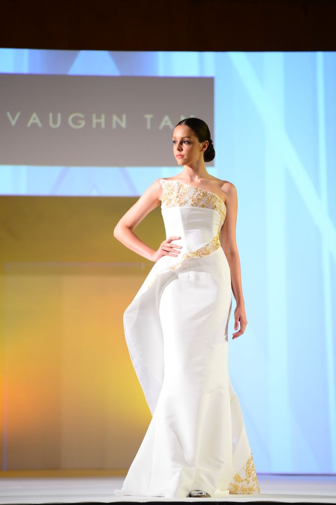The Ritz Carlton Millenia Haute Couture Show 2015 by Vaughn Tan - 014